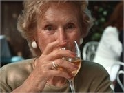 More Than Half of Cancer Survivors Don't Abstain From Alcohol